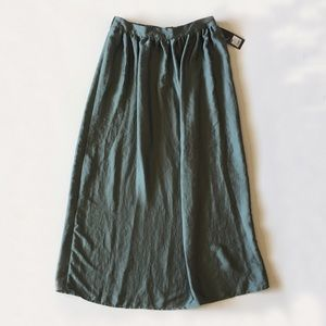 NWT Mossimo Green Glossy Maxi Skirt Grassy Glen L
